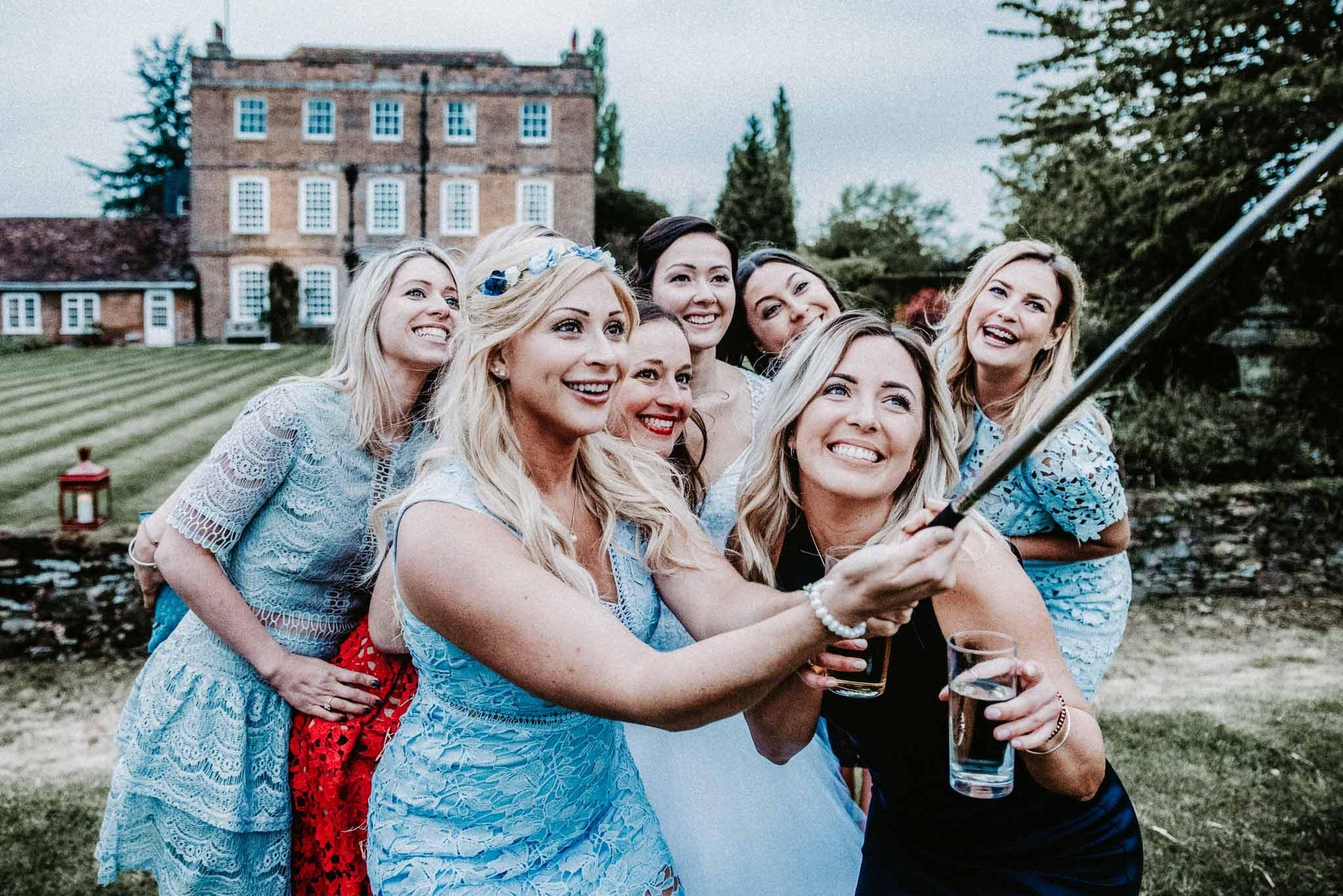 eggington house, maid of honour duties, wedding photographer Milton Keynes, top wedding photographer, bridesmaids dresses