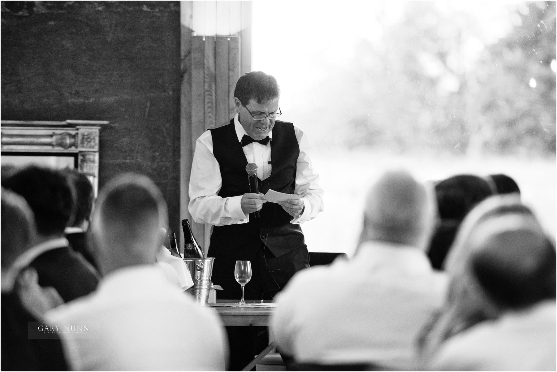 wedding-photographer-gloucestershire-ollie-jen-392