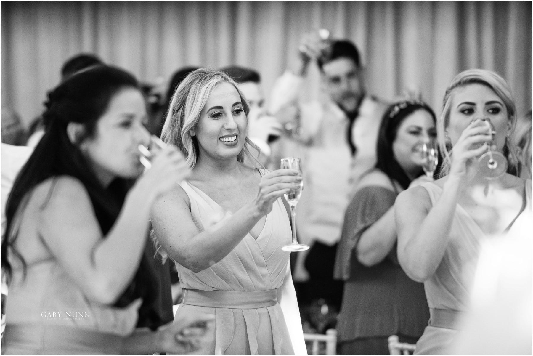 wedding-photographer-gloucestershire-ollie-jen-423