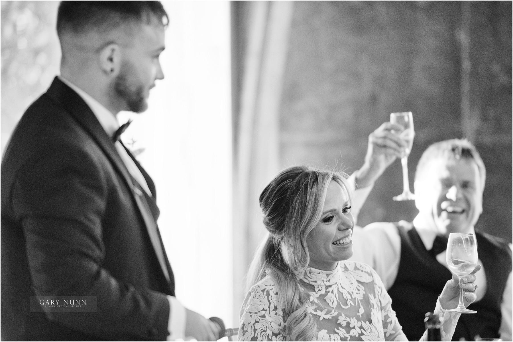 wedding-photographer-gloucestershire-ollie-jen-457
